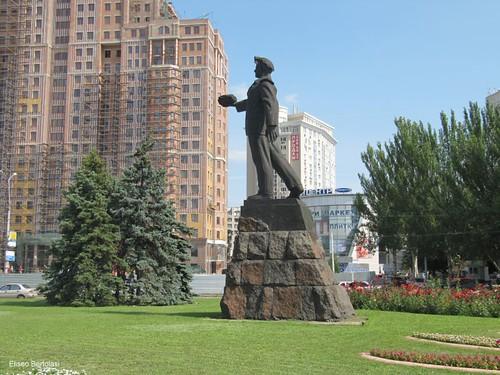 Donetsk, Monumento al Minatore © Eliseo Bertolasi