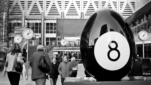 Eight-ball Easter Egg