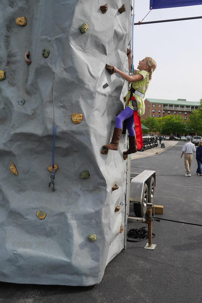Emmie climbing