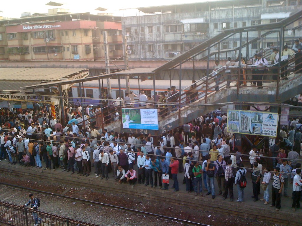 Most Crowded Stations In Mumbai