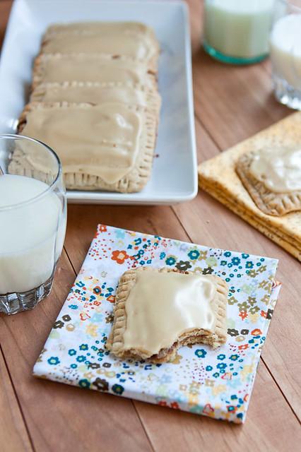 Maple-Cinnamon Oat Pop Tarts