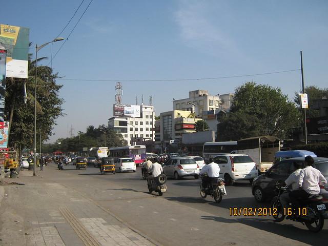 Pune Solapur Road - Visit Kumar Properties' Kumar Purab, 2 BHK & 3 BHK Flats, behind Diamond Cars, Hadapsar, Pune 411 028