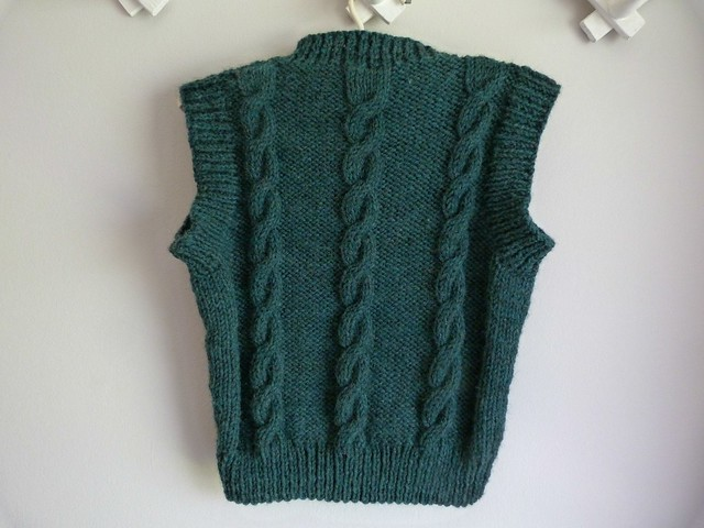 Finished cabled vest 4