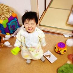 朝からご機嫌なとらちゃん(2012/2/18)