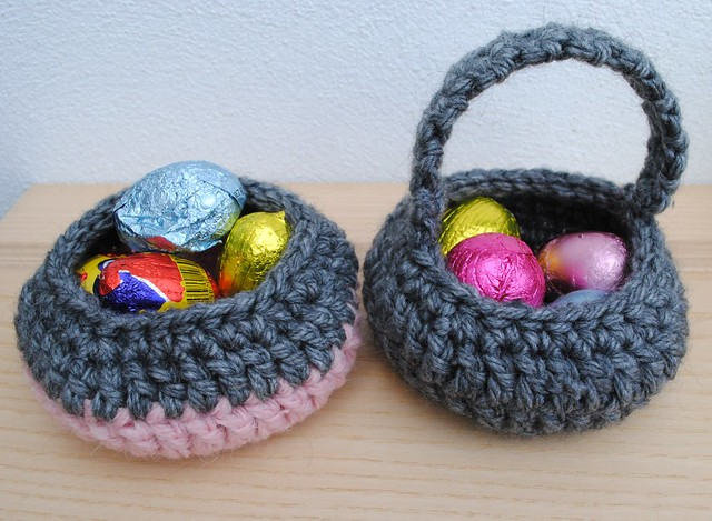 Crochet mini egg baskets