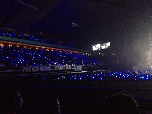 Beautiful blue flashes of light sticks resembling the ocean when pieced ...