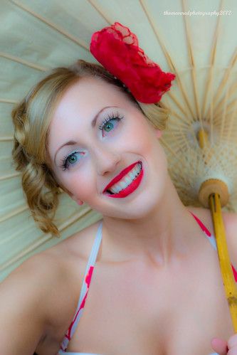 Pin up model by thomevered