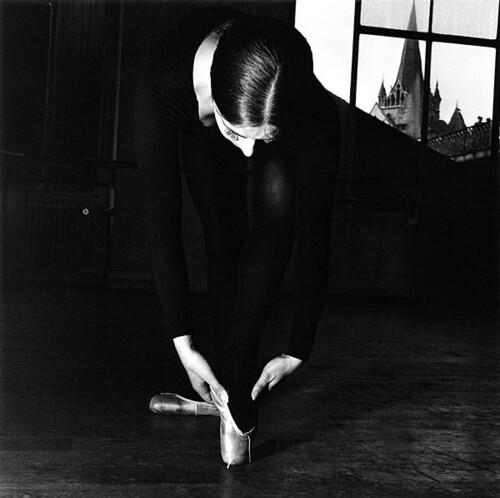 Jeanloup Sieff, Ecole de Danse de Boris Knaiseff, Lausanne      1953 by Jessie Quast