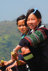 Pretty Muong Hoa Valley Girls