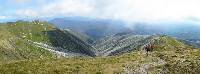 Descending from Mount Bogong on Eskdale Spur
