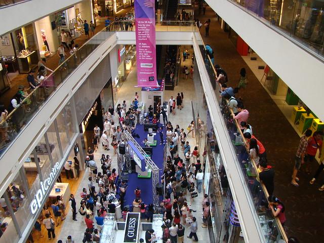 Singapore: Orchard Road Mega-Malls
