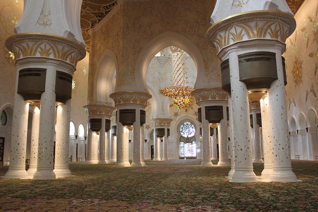 La espectacular Mezquita Sheikh Zayed en Abu Dabi 7018617335_1596c39928_z