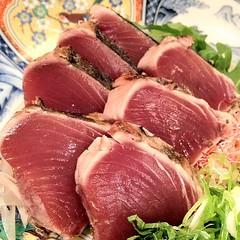 red meat(0.0), sirloin steak(0.0), beef tenderloin(0.0), kobe beef(0.0), prosciutto(0.0), kassler(0.0), roast beef(0.0), food(1.0), dish(1.0), cuisine(1.0), venison(1.0),