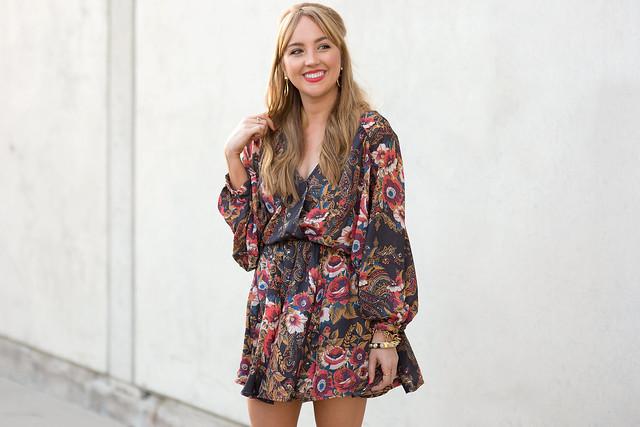 Hannah-hagler, Hannah-champagne-lifestyle, champagne-lifestyle, champagne-lifestyle-blog, fashion-blogger, affordable-fashion-blogger, budget-friendly-fashion-blog, budget-friendly-fashion-blogger, beauty-blogger, youtuber, female-youtuber, interior-designer, affordable-fashion, chic-fashion-ideas, fashion-inspiration, lookbook-store, kimono-dress, paisley-kimono-dress, paisley-70s-style-dress, nude-lace-up-sandals, baublebar-gold-hoop-earrings, baublebar-gold-chain-bracelet, margaret-elizabeth-10-stone-onyx-bangle, forever21-chloe-drew-bag-look-alike, drew-bag-look-for less, chloe-bag-look-for-less,