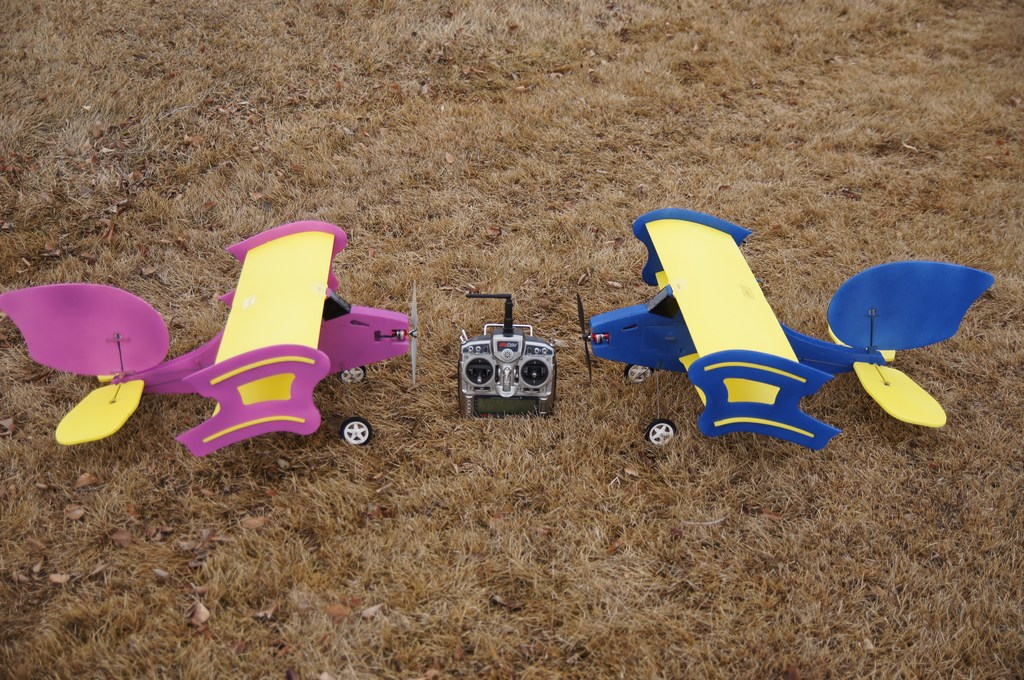 slowbipe rc airplane with Viewtopic on 492213 Slow Airplane as well Products also Showthread furthermore SlowBipe Slow Flying RC Trainer Airplane besides 492213 Slow Airplane.