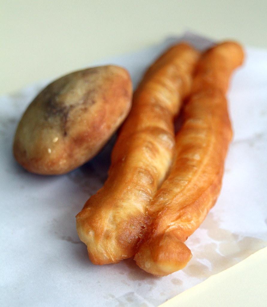 科本巴鲁食品中心:黄金油条