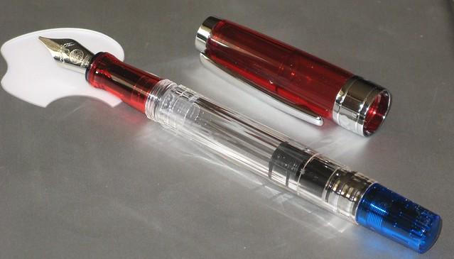 TWSBI pen & italic nib 02
