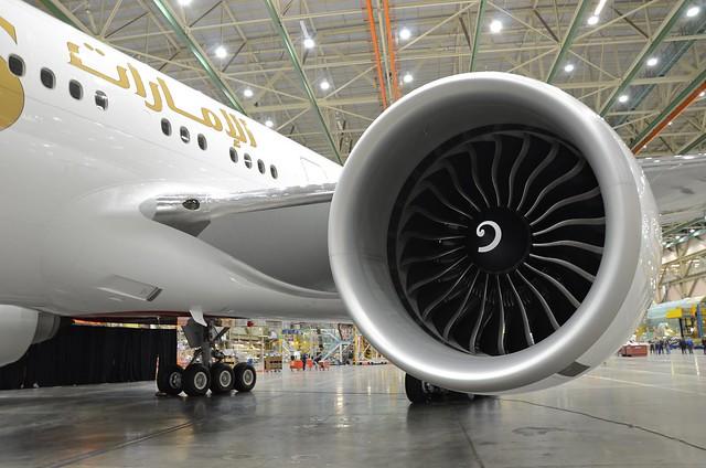 Emirates Boeing 777-300ER A6-EGO