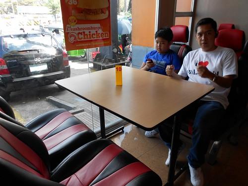 2012-02-05 Mushroom Burger LR (2)