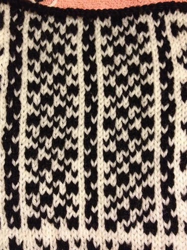 Faroe on the knitting machine. Swatch