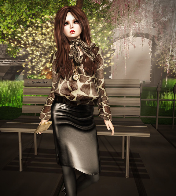 CHANTKARE GEEFRY SWEATER &  GizzA - Pencil Skirt (Mesh) Leather Black (Close)
