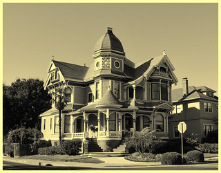 Old Victorian house in Alameda, California