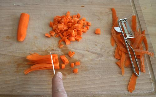 12 - Karotte schälen & schneiden / Peel & cut carrot