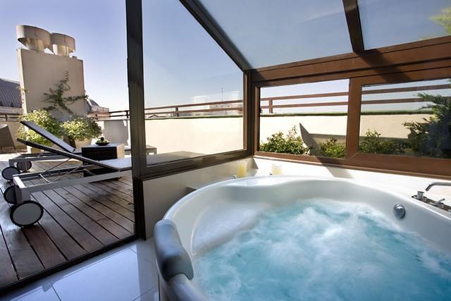 Hotel opera habitaciones con jacuzzi en madrid flickr for Habitaciones en madrid