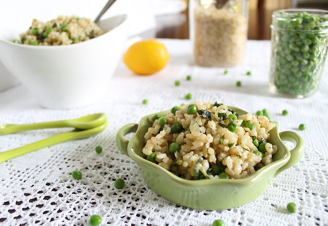 Basil brown rice with lemon and peas