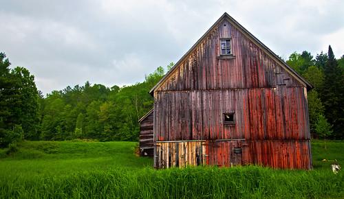 barn rural vermont day cloudy farm unitedstatesofamerica country oldbarn rusticbarn vermontbarn
