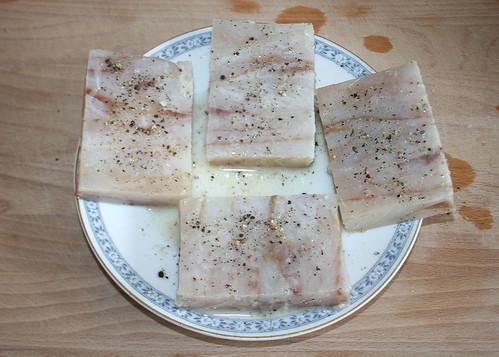 15 - Fisch beträufeln & würzen / Sprinkle & taste fish