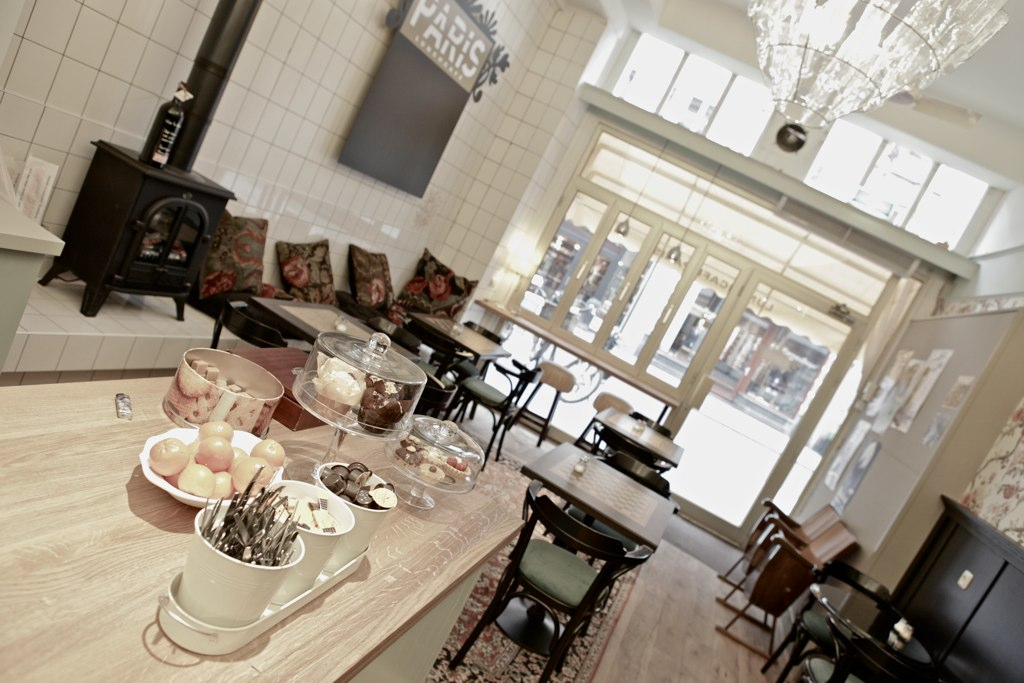 Lunchcafe Paris aan de Vughterstraat in Den Bosch
