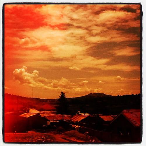 morning home square lofi squareformat uganda kampala iphoneography instagramapp uploaded:by=instagram foursquare:venue=4f606767e4b0382505e7c511