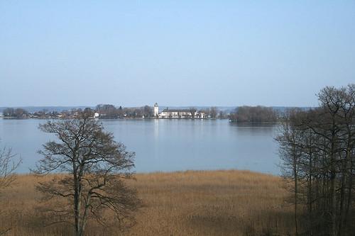 Blick vom Chorherrenstift zur Fraueninsel