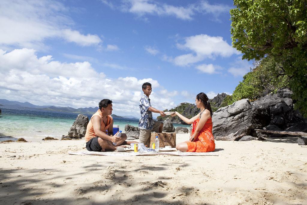 21. Apulit Island Resort - West Beach