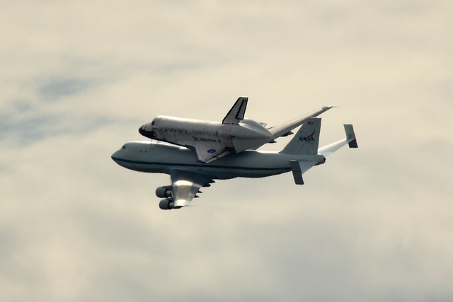 Space Shuttle Discovery on 747 Departing