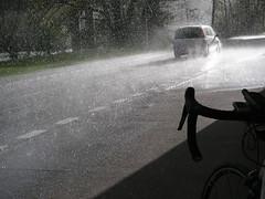 Platzregen mit Hagel
