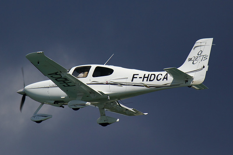 Private - SR22 - F-HDCA (1)