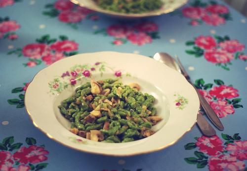 waschechte elfenreich-spinatnockerl