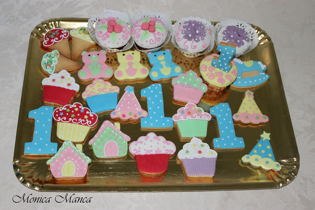 Biscotti Decorati Per Il 1 Compleanno Monica Manca Flickr