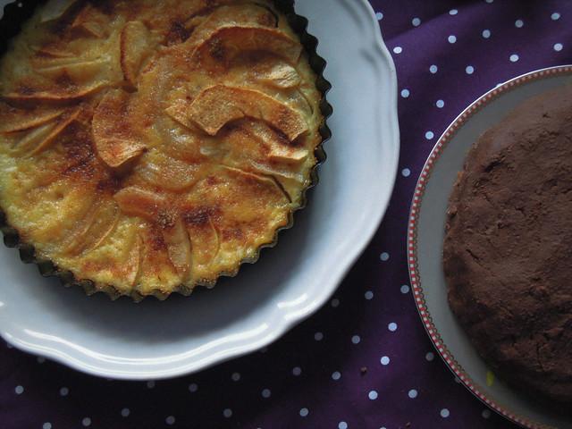 Tarte aux pommes and chocolate orange cake