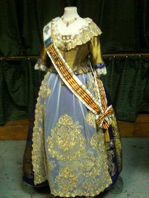 Kevin Killmon blog - Fallera costume