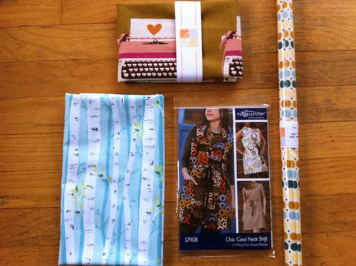Valori Wells, Melody Miller, Indygo Junction, dot laminate dress pattern