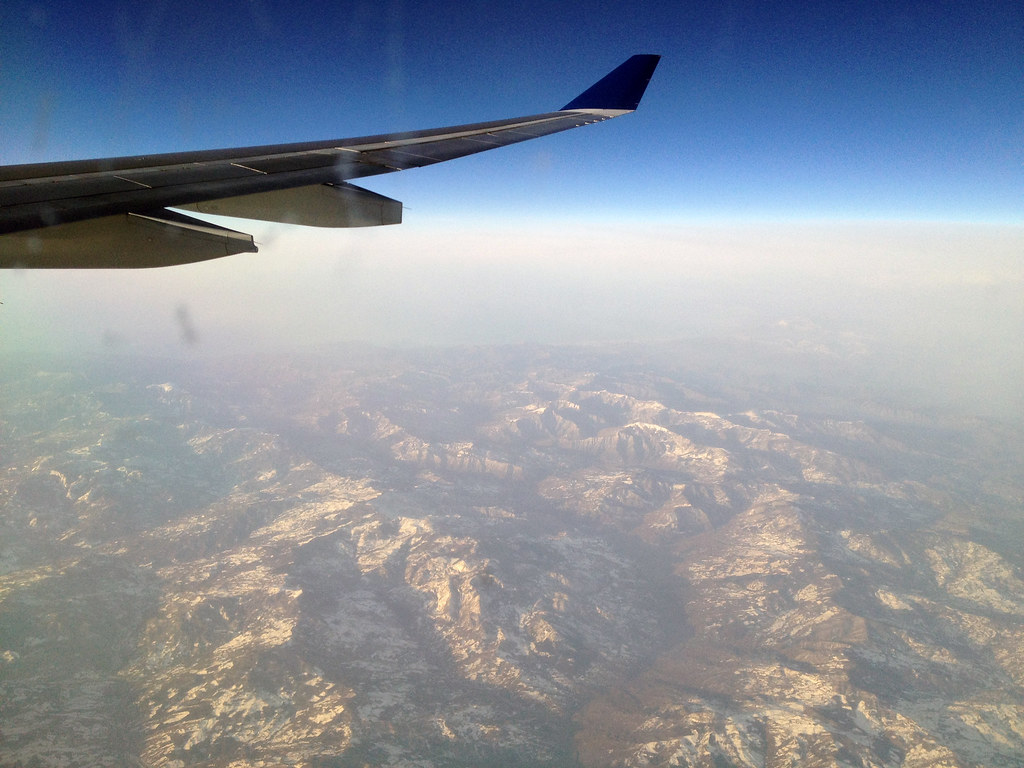 Traveling by Air: A Few Tips to Follow