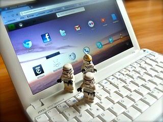 Mac & Troopers - Joli OS