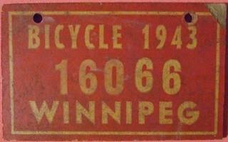 WINNIPEG MANITOBA 1943 ---BICYCLE PLATE