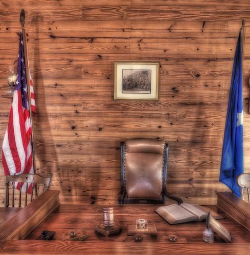 Judges Desk Partial Desat