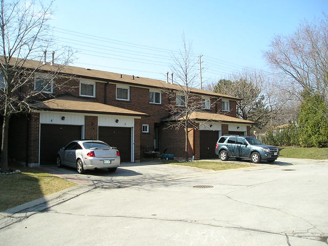 2687 Bromsgrove Rd Clarkson Mississauga Townhouse