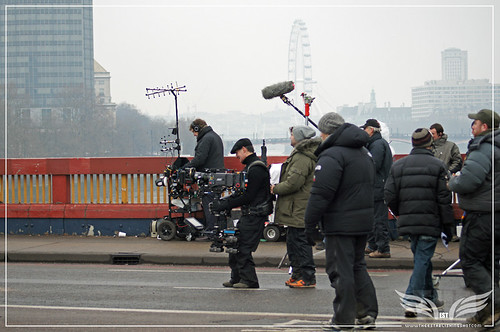 The Establishing Shot: Skyfall Vauxhall Bridge - Crew for M's Jaguar XJL Exterior crossing towards MI6 Steadicam Operator Pete Cavaciuti by Craig Grobler