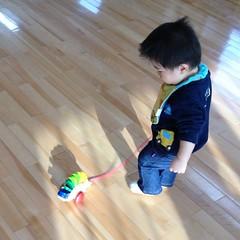 【妻撮影】子育て支援センターにてコロコロおもちゃ(2012/2/13)